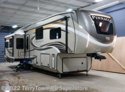 New 2018 Jayco Pinnacle 37RLWS available in Grand Rapids, Michigan