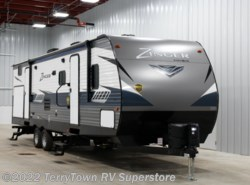 New 2019  CrossRoads Zinger ZR328SB by CrossRoads from TerryTown RV Superstore in Grand Rapids, MI