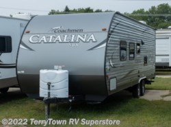 Used 2017  Coachmen Catalina SBX 261BH