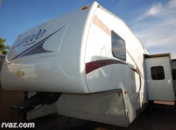 Used 2006  Keystone Laredo 28RL 5th Wheel by Keystone from Auto Corral RV in Mesa, AZ