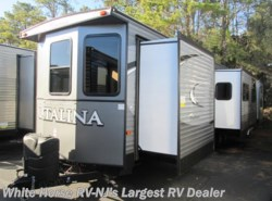 New 2017  Coachmen Catalina 40TSHB Triple Slide 2-BdRM 1 1/2 Baths by Coachmen from White Horse RV Center in Egg Harbor City, NJ