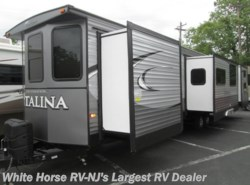 New 2018  Coachmen Catalina 40TSHB Triple Slide 2-BdRM 1 1/2 Baths by Coachmen from White Horse RV Center in Egg Harbor City, NJ