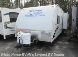 Used 2010  Coachmen Freedom Express 280RLS, Rear Lounge Sofa/Galley Slide by Coachmen from White Horse RV Center in Egg Harbor City, NJ