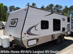Used 2017  Coachmen Viking 21BH by Coachmen from White Horse RV Center in Egg Harbor City, NJ