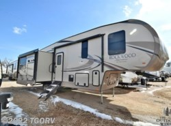 New 2018  Forest River Rockwood Signature Ultra Lite 8290BS by Forest River from The Great Outdoors RV in Evans, CO