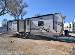 New 2018  Forest River Rockwood Signature Ultra Lite 8332BS by Forest River from The Great Outdoors RV in Evans, CO