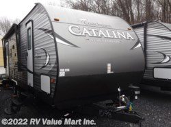 New 2017  Coachmen Catalina Legacy Edition 263RLS by Coachmen from RV Value Mart Inc. in Lititz, PA