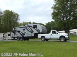 Used 2015  Livin' Lite CampLite Fifth Wheels 28 RLS