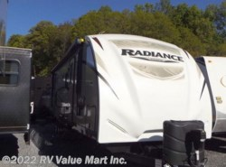 Used 2017 Cruiser RV Radiance Touring R-31DSBH available in Lititz, Pennsylvania