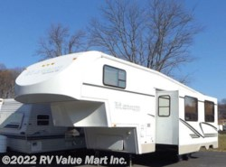 Used 2002  Glendale RV Titanium 28E by Glendale RV from RV Value Mart Inc. in Lititz, PA