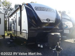 New 2018 Cruiser RV Radiance Ultra Lite R-28QD available in Lititz, Pennsylvania
