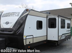New 2018  Cruiser RV Radiance Ultra Lite R-26BH by Cruiser RV from RV Value Mart Inc. in Lititz, PA