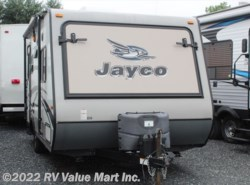 Used 2015  Jayco Jay Feather  by Jayco from RV Value Mart Inc. in Lititz, PA