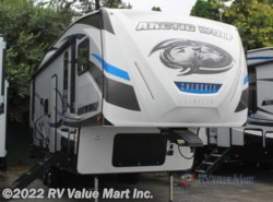 New 2018  Forest River Cherokee Arctic Wolf 255DRL4