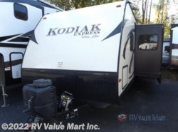 Used 2015 Dutchmen Kodiak 299BHSL Express available in Lititz, Pennsylvania