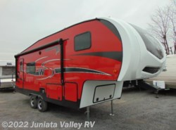 New 2018  Winnebago Minnie Plus 25RKS by Winnebago from Juniata Valley RV in Mifflintown, PA