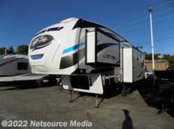 New 2018  Forest River Cherokee Arctic Wolf 285DLR4 by Forest River from Ashley's Boat & RV in Opelika, AL