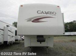 Used 2010  Carriage Cameo 37KS3 by Carriage from Tiara RV Sales in Elkhart, IN
