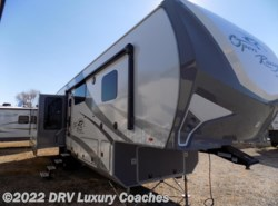 New 2017  Highland Ridge Roamer RF347RES