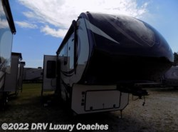New 2017  Vanleigh Vilano 365RL by Vanleigh from DRV Luxury Coaches in Lebanon, TN