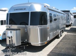 New 2017  Airstream Flying Cloud 28 by Airstream from www.RVToscano.com in Los Banos, CA