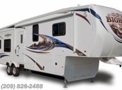 Used 2011  Heartland RV Bighorn 3055RL by Heartland RV from www.RVToscano.com in Los Banos, CA