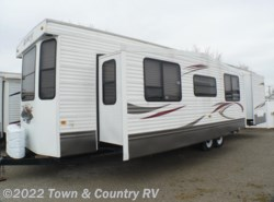 Used 2011  Keystone Retreat 39FDEN by Keystone from Town & Country RV in Clyde, OH