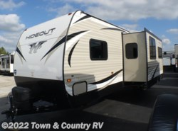 New 2018  Keystone Hideout 28BHS by Keystone from Town & Country RV in Clyde, OH