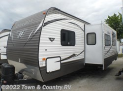 Used 2014  Keystone Hideout 280LHS by Keystone from Town & Country RV in Clyde, OH