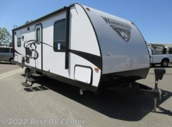 New 2017  Winnebago Minnie 2500RL REAR LIVING/UPGRADED A/C by Winnebago from Best RV Center in Turlock, CA