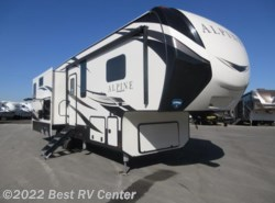 New 2018  Keystone Alpine 3300GR  IN COMMAND SMART AUTOMATION SYST/ 6 POINT  by Keystone from Best RV Center in Turlock, CA