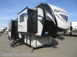 New 2018  Keystone Avalanche 380FL Front Living / 6 POINT HYDRAULIC AUTO LEVELI by Keystone from Best RV Center in Turlock, CA