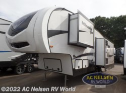 New 2019 Winnebago Minnie Plus 27RLTS available in Shakopee, Minnesota