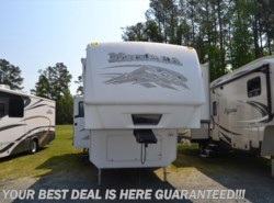 Used 2009  Keystone Montana 3665RE