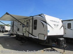 New 2018  Keystone Hideout 28BHS by Keystone from Colerain RV of Columbus in Delaware, OH