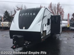 New 2017  Dutchmen Kodiak Ultimate 288BHSL by Dutchmen from Redwood Empire RVs in Ukiah, CA