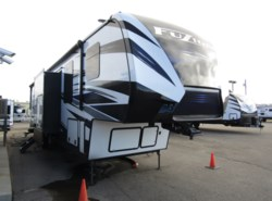 New 2019 Keystone Fuzion 427 available in Rock Springs, Wyoming