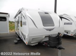 New 2017  Lance  Travel Trailers 2185 by Lance from U-Neek RV Center in Kelso, WA