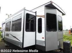 New 2017  Forest River Wildwood Lodge 4092BFL by Forest River from U-Neek RV Center in Kelso, WA