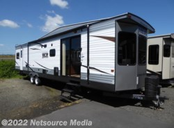 New 2018  Forest River Wildwood DLX 39FDEN by Forest River from U-Neek RV Center in Kelso, WA
