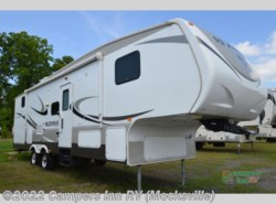 Used 2015  CrossRoads Rezerve 32BH by CrossRoads from Campers Inn RV in Mocksville, NC