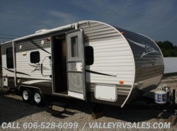 Used 2014  CrossRoads Z-1 Lite 26  RL by CrossRoads from Valley RV Sales in Corbin, KY