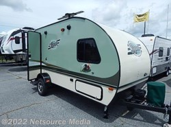 Used 2015  Forest River R-Pod 179