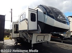 New 2016  Forest River Sierra 377FLIK
