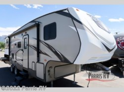 Used 2017  CrossRoads Rezerve RFZ27BH by CrossRoads from Parris RV in Murray, UT