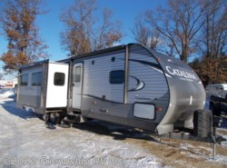 New 2017  Coachmen Catalina 333BHTSCKLE by Coachmen from Friendship RV Inc. in Friendship, WI