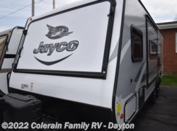 New 2017  Jayco Jay Feather 23B by Jayco from Colerain RV of Dayton in Dayton, OH