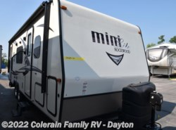 Used 2017  Forest River Rockwood Mini Lite 2503S by Forest River from Colerain RV of Dayton in Dayton, OH