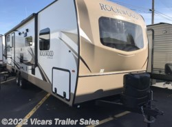 New 2018  Forest River Rockwood Ultra Lite 2706WS by Forest River from Vicars Trailer Sales in Taylor, MI