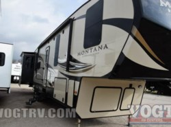Used 2017  Keystone Montana 37 by Keystone from Vogt Family Fun Center  in Fort Worth, TX
